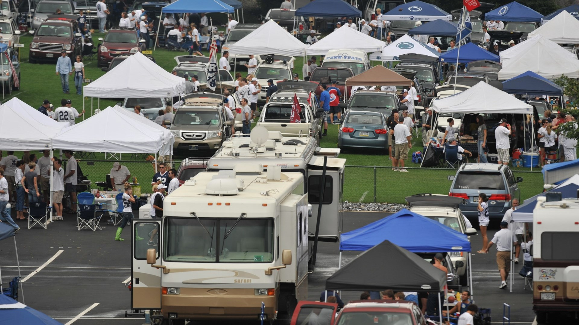 Grass Lot Parking Changes Finalized for Kent State Game