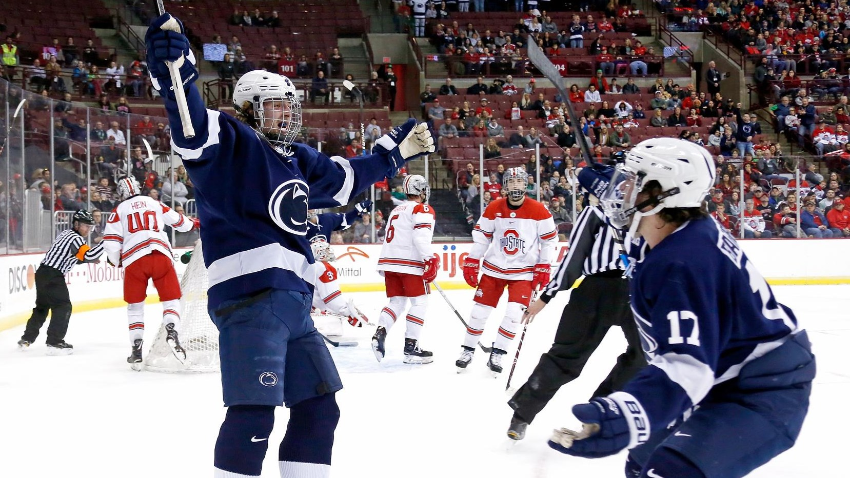 best service 62be8 7cd4a No. 4 Men's Hockey Defeats Top-Seeded Ohio State Advancing ...